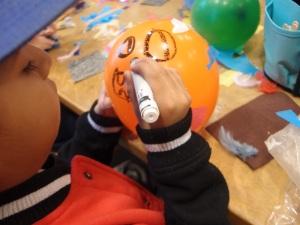 decorating a balloon